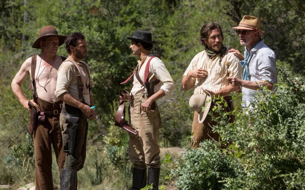 (De gauche à droite :) John C. Reilly, Joaquin Phoenix, Riz Ahmed, Jake Gyllehaal, Jacques Audiard - Crédit photo : ©Magali Bragard